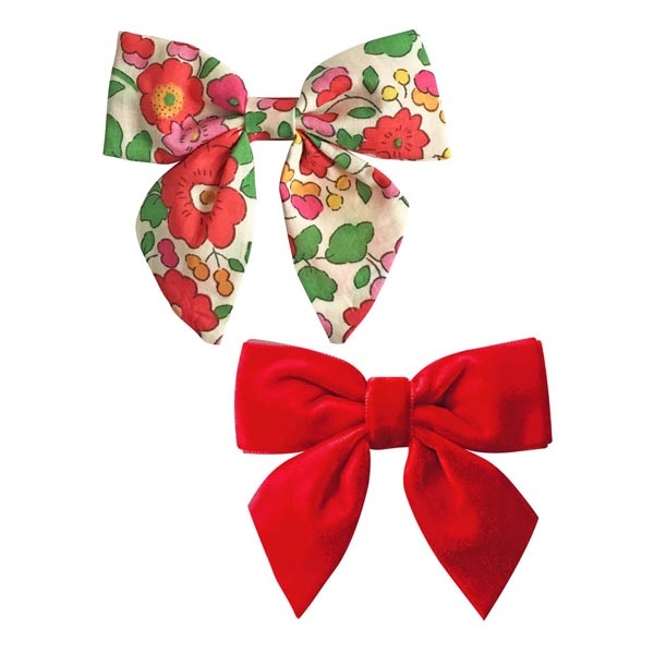 Set of hand- made hair clips with bows